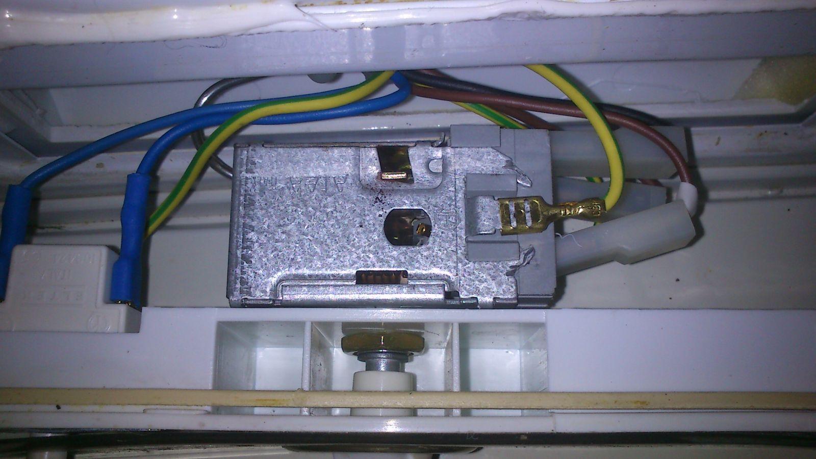 Amica AK310 - regulacja termostatu