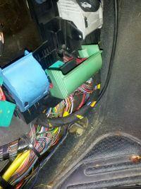 Opel Vectra B 2.0 16v - Upływ prądu z akumulatora zwarcie instalacji.