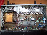 Wzmacniacz Unitra PW 8010 nie działa prawy kanał buczy trafo