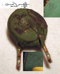 OCZ Technology model: OCZ-GXS600 uszkodzony termistor RT11 oznaczenie z PCB.