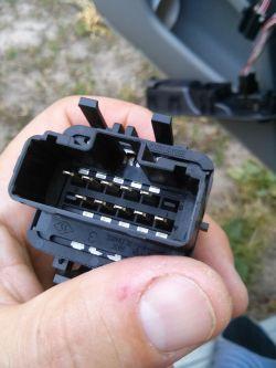 Podnoszenie szyb nie działa po włączeniu świateł Clio 2 2001 1.5dCi