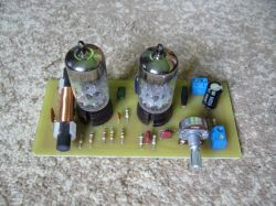 Radioodbiornik na lampach PCC84