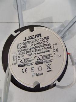 Podłączenie żyrandola LED pod włącznik podwójny.