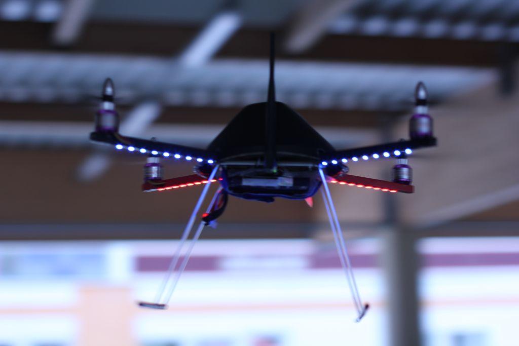 CoD:BO2 Quadrotor/WiFi RC ASG(AEG) Quadrocopter/AEG Drone