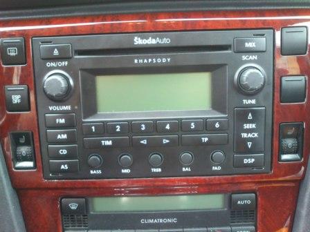 Skoda Rhapsody - Radio Skoda RHAPSODY nie wy��cza si� po wyj�ciu kluczyka