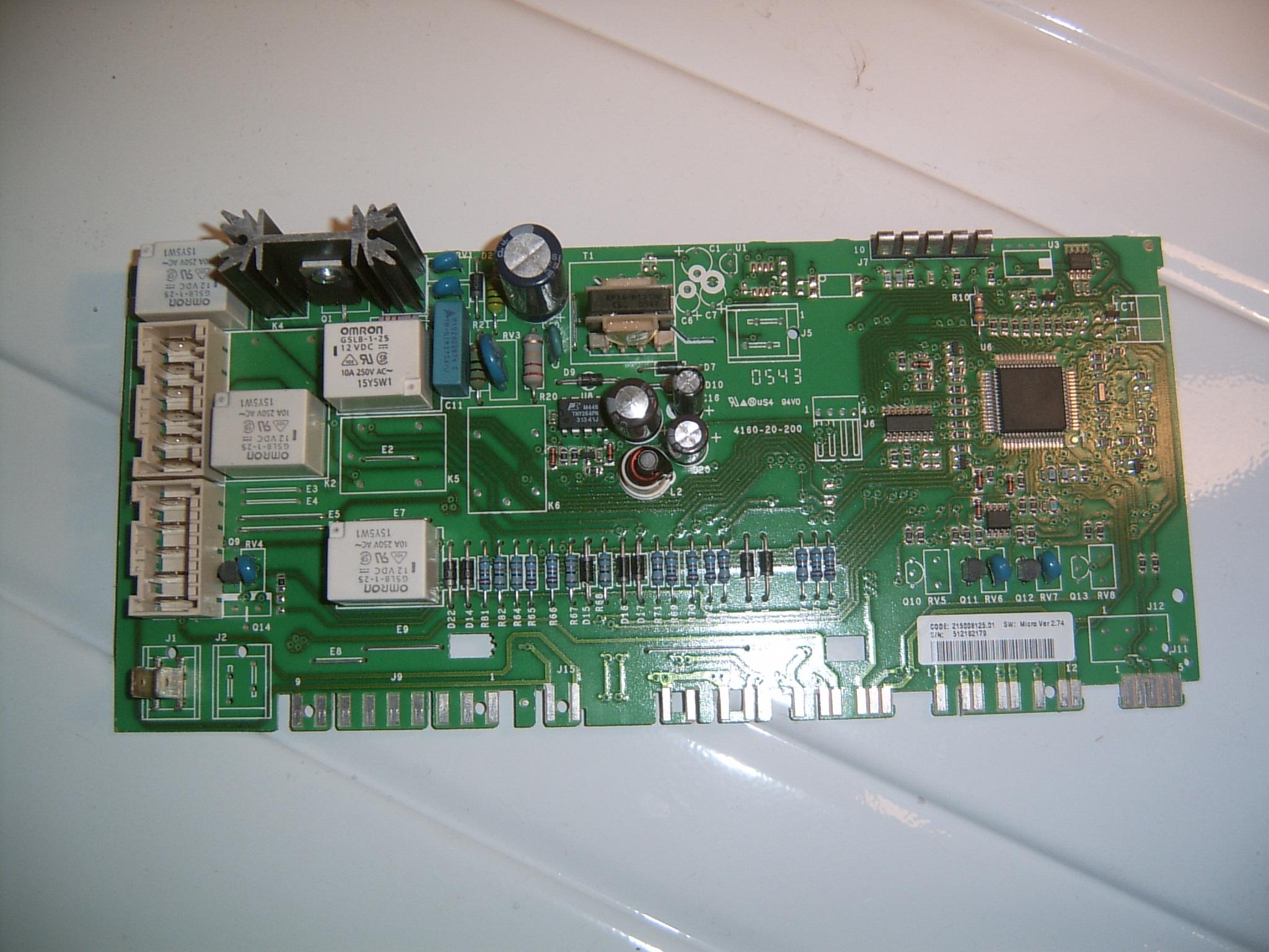Indesit WISL 85PL - Migaj� diody, nie w��cza si�.