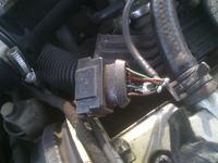 Vectra B 2.0 16V 97r - Nieprawid�owe pod��czenie wtyczki przep�ywomierza?