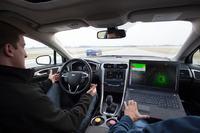 Ford zaprezentowa� hybrydowy samoch�d autonomiczny