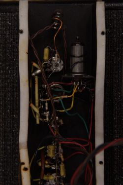 FBT250 - PCL86 zamiast EL84 + brum,lekkie piski