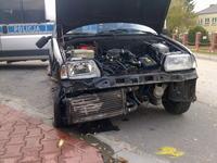 Fiat Cinquecento 900 - Ścięte bokiem barierki. Remontować?