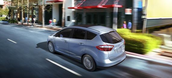 Ford C-Max Hybrid w wersji 2013 jeszcze bardziej ekonomiczny!