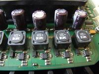 Poszukuję bardzo dobrej jakości długożyjących kondensatorów