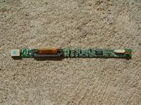 Compaq n1005V, brak podświetlenia w pracy na baterii.