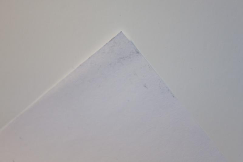 BIZHUB 750 - Brudzi kartki / sypie tonerem