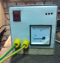 Prostownik rozruchowy na transformatorze z mikrofal�wki