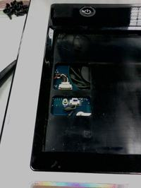 Jak rozkręcić notebooka Samsunga SA11