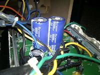 Głośniki Logitech z-5500 - Buczą zależnie od zwiększenia głośnosci