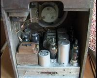 Co to za radio? Chyba z 1956. Ma ktoś może schemat?