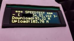 Bezprzewodowy wyświetlacz prędkości internetu.