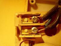 Dzwonek nie działa. Sprawdzenie czy płynie prąd.