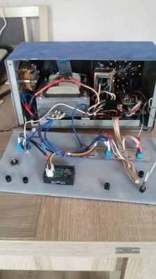 Automatyczny prostownik do akumulatorów