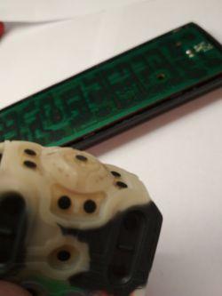 Jak naprawić klawiaturę pilota zdalnego sterowania?
