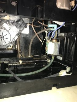 Ekspres Miele CVA 4060 - Nie pracuje, brak części
