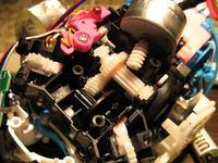 Furby - Podzespoły mechaniczne