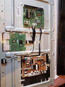 TV Samsung UE40ES6100 w trakcie trybu serwisowego spadek napięcia