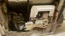 Suszarka AEG T97689IH wyłącza sie w trakcie suszenia