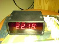 Cyfrowy zegar z budzikiem J- 27