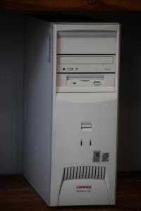 Komputer sie nie włącza jak podepne kartę Telewizyjną