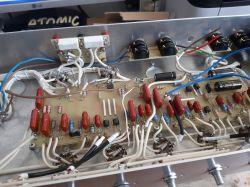 Wzmacniacz gitarowy head na bazie Atomic 16
