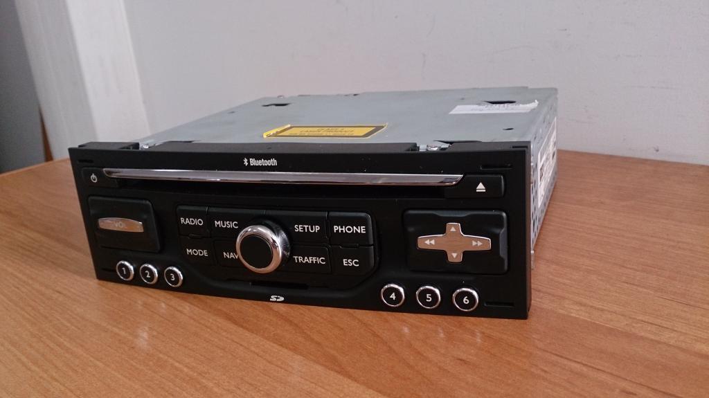 BE 6426/6450 (citroen rneg) - Schematy kostek wy�wietlacza i radia