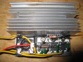 Honda CBR F3  -  Budowa regulatora napi�cia