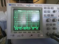 Próba rozgryzienia działania skanowanej klawiatury macierzowej na bazie radia.