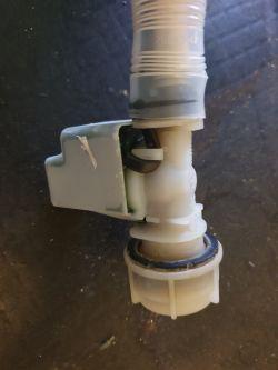 Bosch SMV53L90EU - Nie pobiera wody aqua stop nie dostaje napięcia