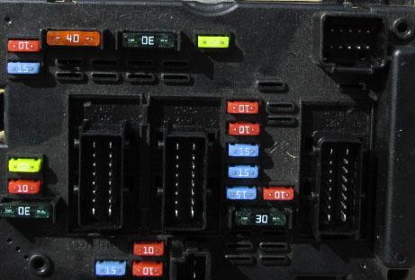 Peugeot 206 1.4 klima03.2003r - wiatrak chłdnicy, klima i airbag