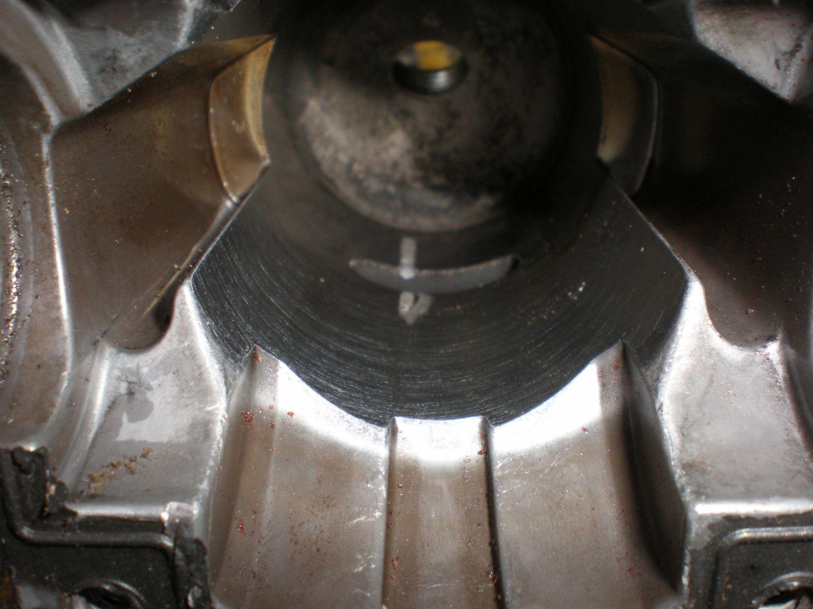Homelite CSP4518 - Zatarty silnik