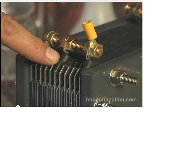 """Generator hho - wod�r z wody dodany do paliwa - """"Gas Br"""