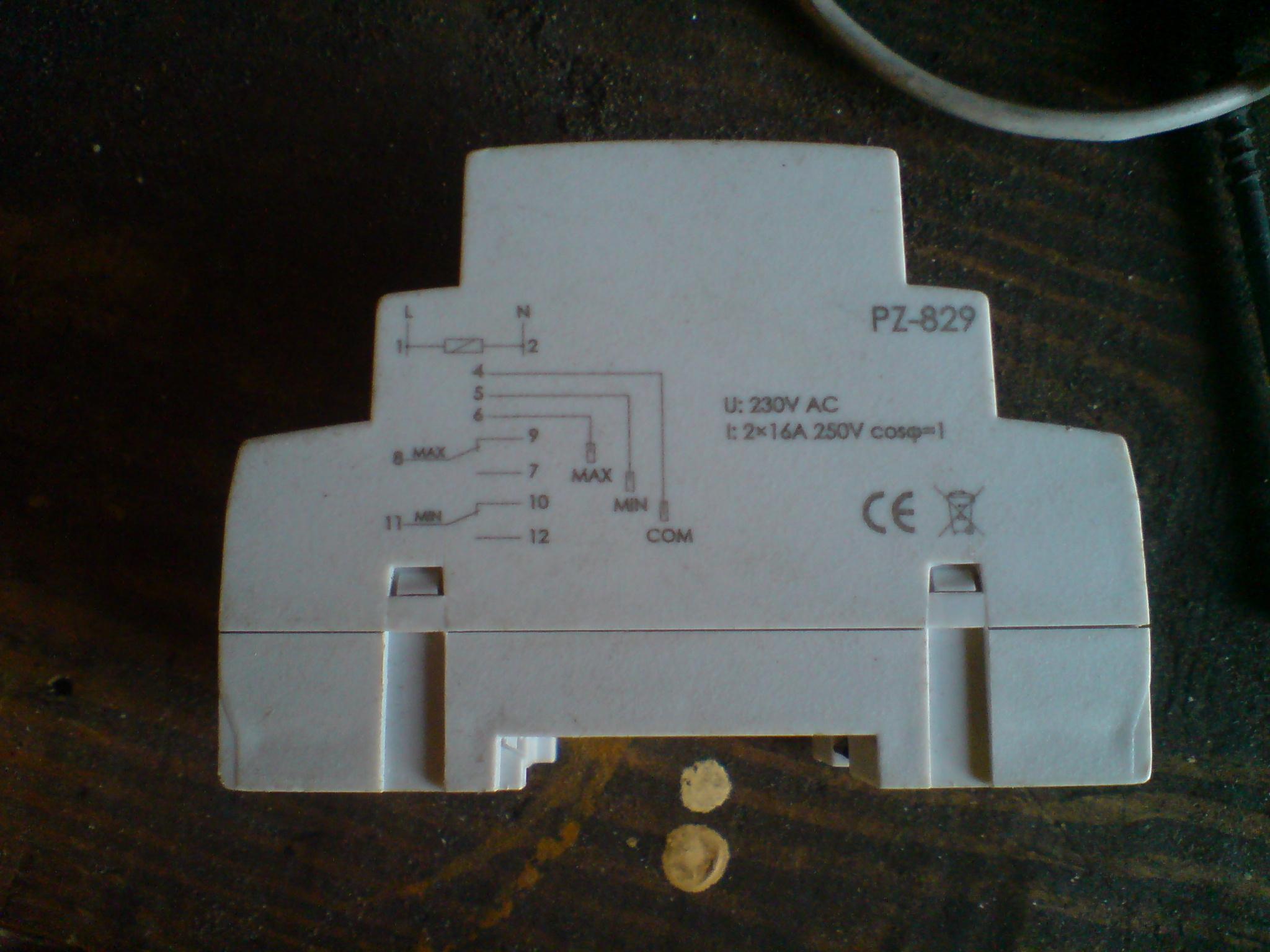 [Sprzedam] Przeka�nik poziomu cieczy PZ-829 F&F