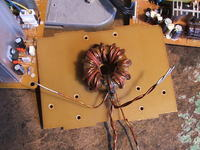 Dipol na pasmo CB - wp�yw dachu na strojenie anteny