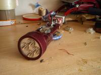 domowej roboty prądnica w latarce