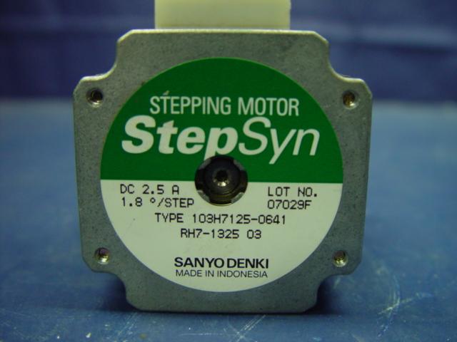 Sprzedam 3 silniki krokowe vexta sanyo denki shinano for Step syn sanyo denki stepping motor datasheet