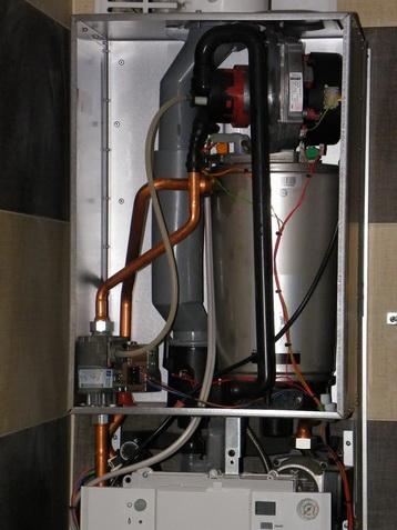 Naczynie przeponowe w Junkers Cerapur Smart ZSB 22-3C