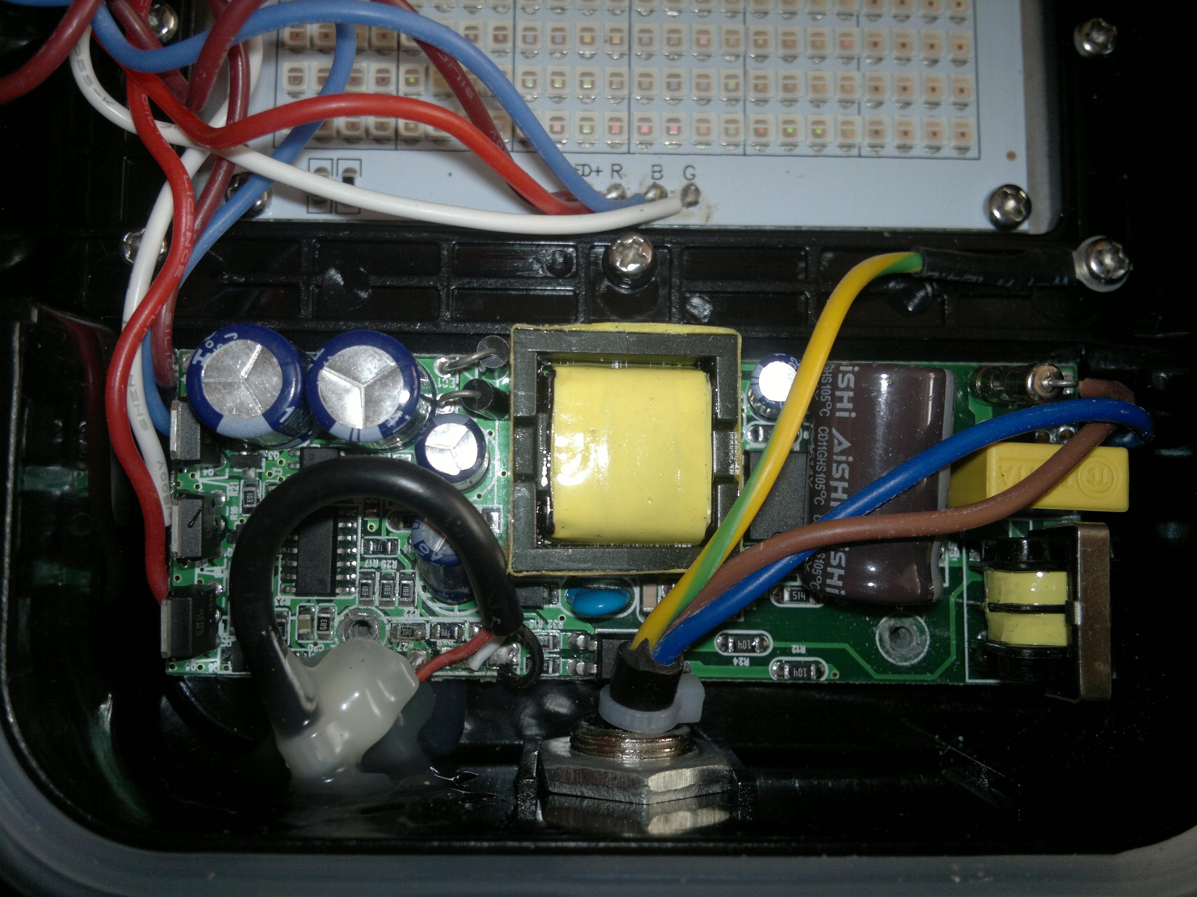Super Naświetlacz LED RGB 30W-50w brak regulacji jasności świecenia SO26