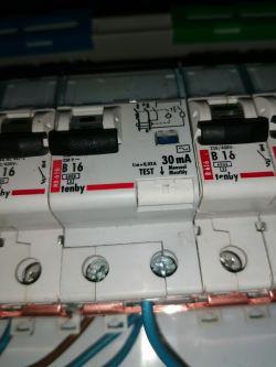 Podłączenie instalacji elektrycznej