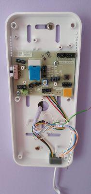 Jak podłączyć unifon cyfrowy Cyfral Smart D w miejsce starego domofonu?
