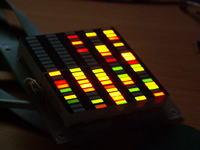 Jak wysterować trójkolorowy bargraf poprzez układ ATMEGA32?