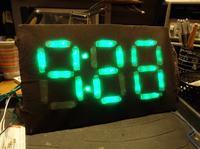 Duży, segmentowy wyświetlacz LED